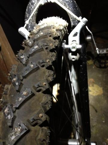 metal studded bike tires